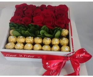 Caja de Rosas con Chocolates