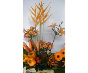 Arreglo Verduras & Flores (Naranja)